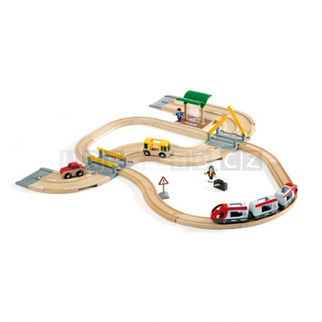 BRIO Vláčkodráha s os. vlakem, závorami a silničním přejezdem, 33 dílů [33209]
